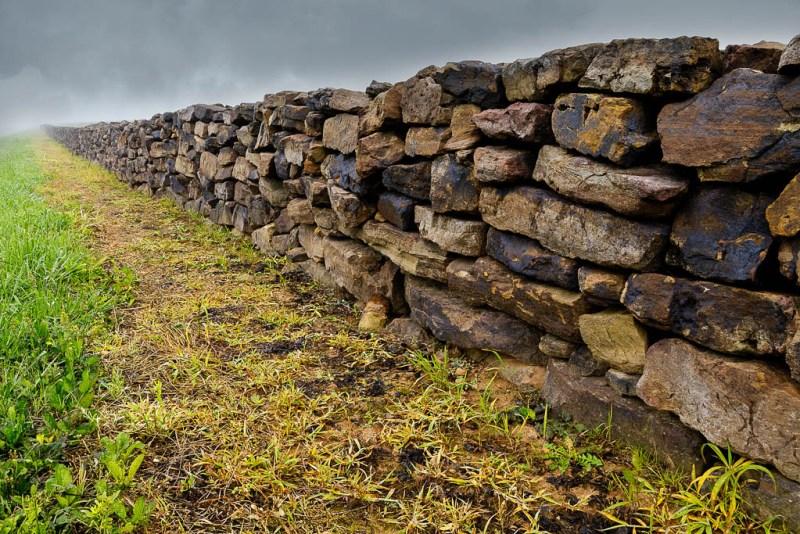 Stone wall, Arkansas
