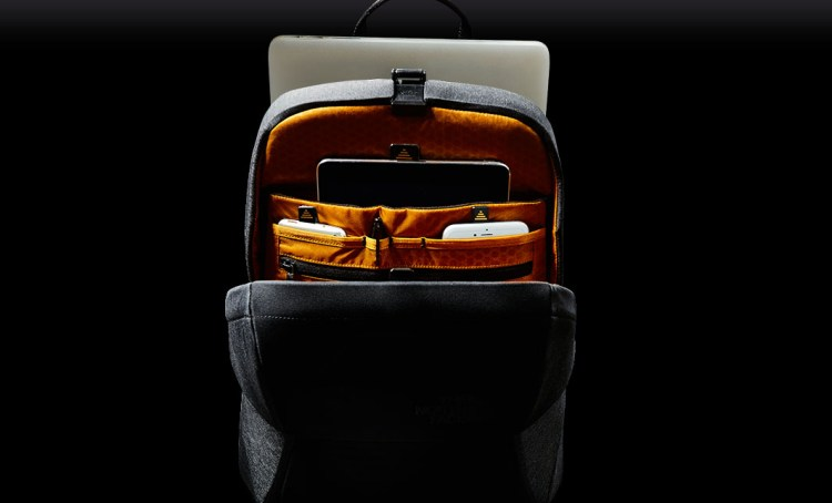 sac_bag_backpack_marque_the_north_face_access_pack_computer_ipad_mac_phone_protected_protection