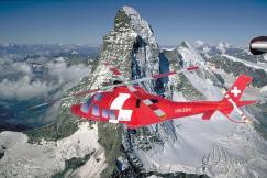 Papercraft imprimible y armavle del helicóptero AgustaWestland. Manualidades a Raudales.