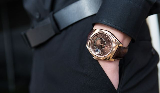 Rolex Sky-Dweller Ultimate Buying Guide everose gold 326135