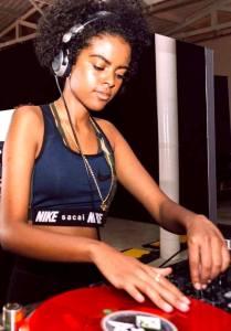 DJ Esteves