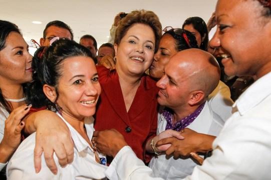 Após 1 ano do Mais Médicos, metade das prefeituras perdeu profissionais