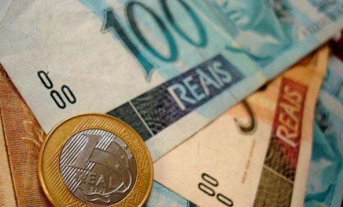 Brasileiro trabalha 32 dias para pagar a corrupção e  mais 151 para impostos