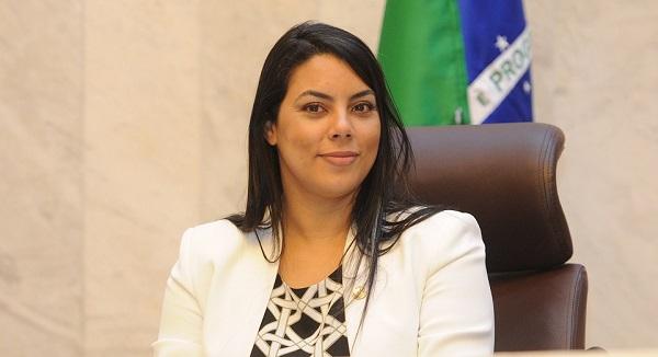 Claudia reivindica melhorias no acesso à Foz
