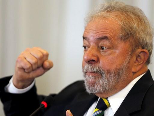 Lula acusa congressistas e 'brasileiros' de insanidade mental
