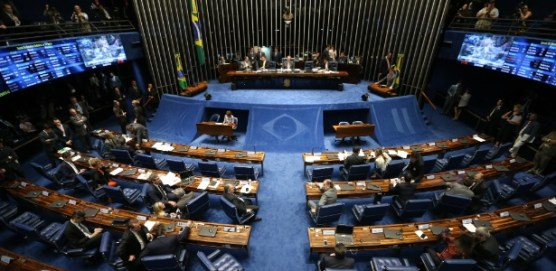 PEC do Teto é aprovada em votação final e congela gastos por 20 anos