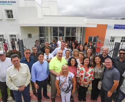 Greca inaugura 111º posto de saúde em Curitiba