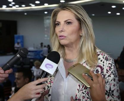 Cida destaca parceria entre Estado e hospitais