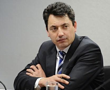 Sergio Sousa diz que recebeu servidores em escritório, mas que propina nunca foi pauta