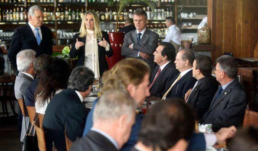 Cida destaca empenho dos deputados na busca de recursos ao Paraná