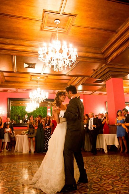 baile novios casa de las hiedras www.bodasdecuento.com