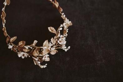 corona flores novia www.bodasdecuento.com