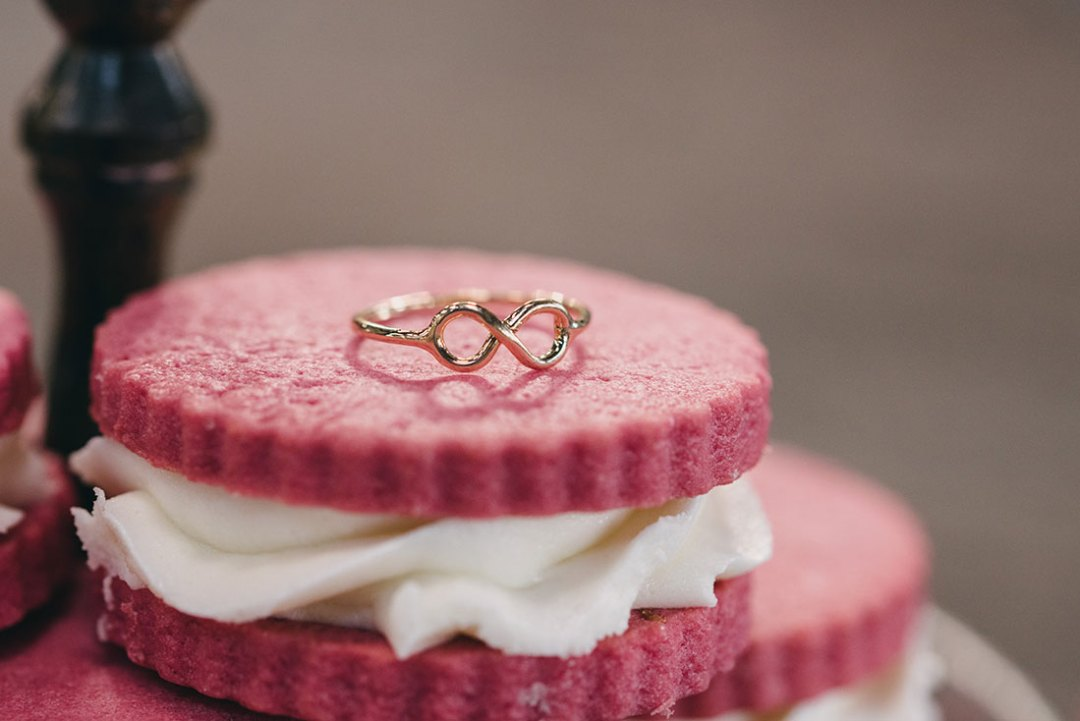 anillo infinito www.bodasdecuento.com