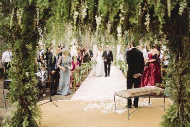 altar boda silvestre www.bodasdecuento.com