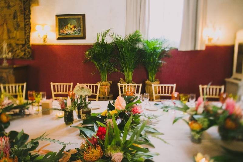 decoración mesas boda tropicai www.bodasdecuento.com