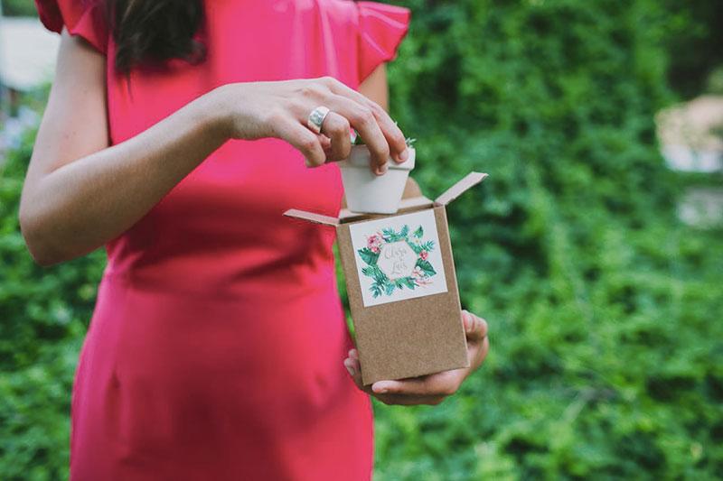 regalo para invitados boda tropical www.bodasdecuento.com
