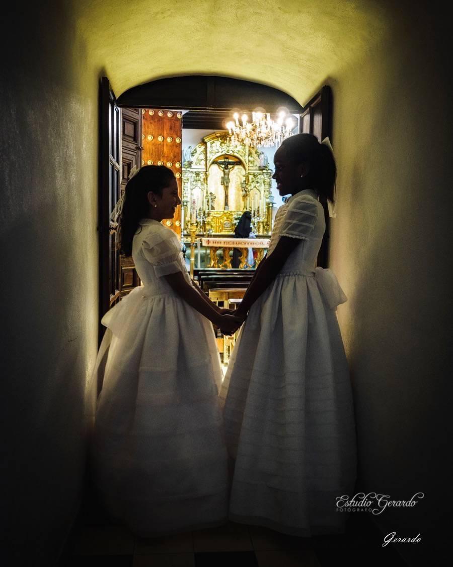 Olivia & María Elena