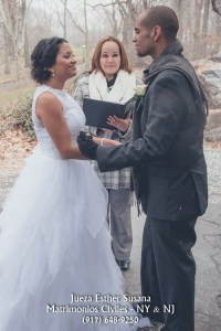 Central Park Wedding Officiant Spanish