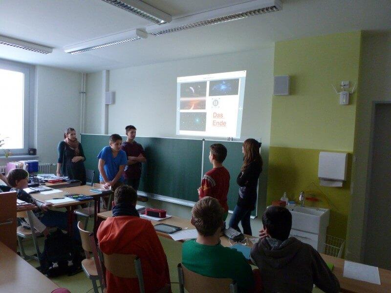 Studenten im praktischen Einsatz vor Ort