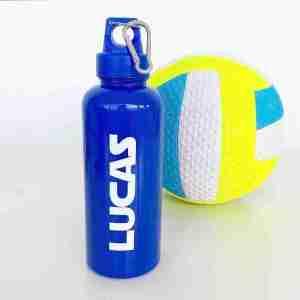 botella azul personalizada con nombres