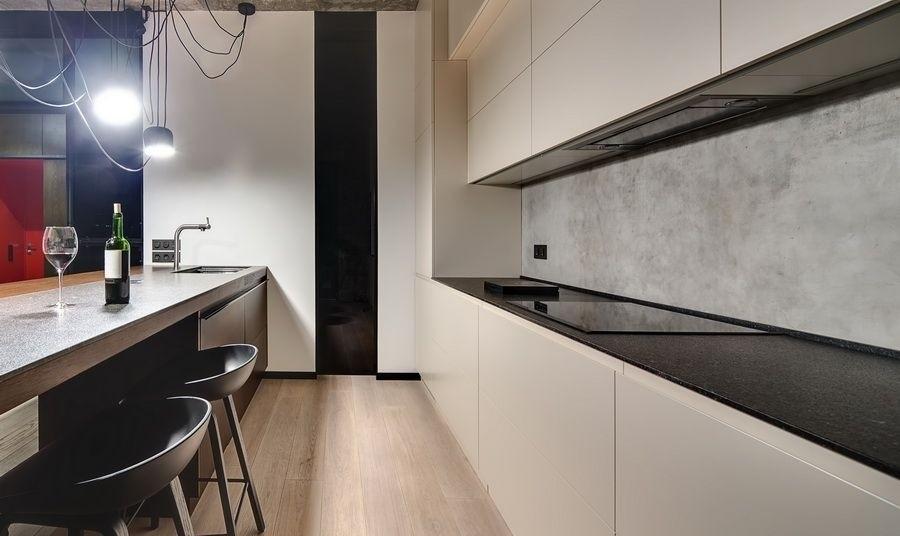 Betonoptik und Betonfliesen oder Küchenrückwände