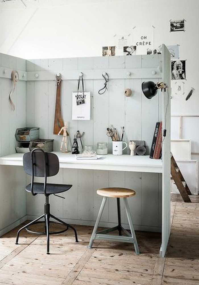 Today I love...this DIY creative space