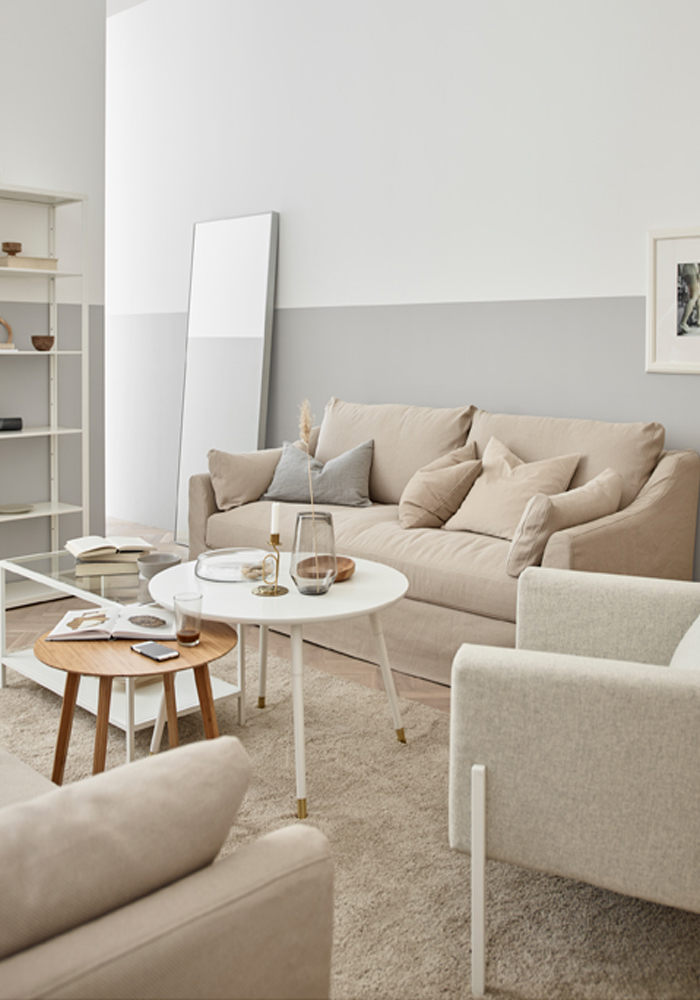A warm, minimaliste lounge in neutral hues