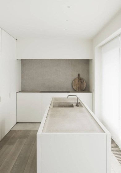 A flat with muted tones and minimalist style. The DRD apartment by Vincent Van Duysen