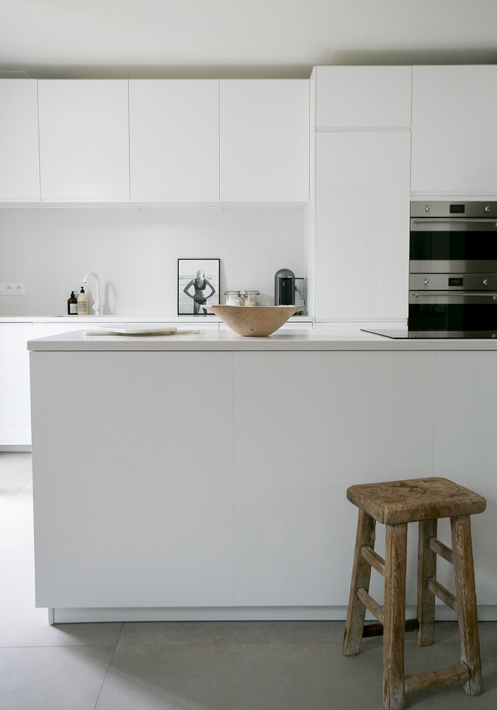 A white minimalist kitchen makeover