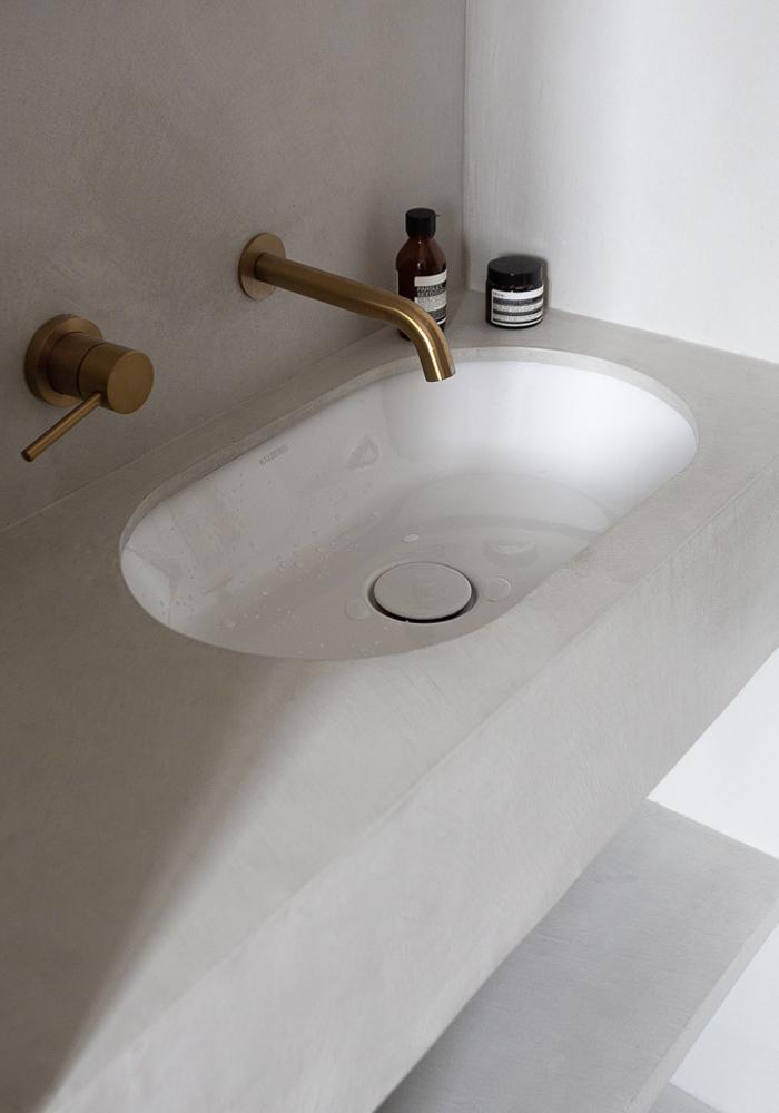 Micro concrete vasque in CASA PYLA