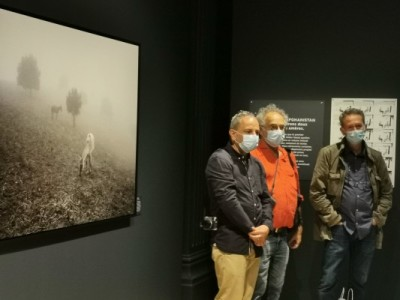 """Les """"trois Alain"""", photographes amis de Didier Lefèvre : Alain Bujak, Alain Keler et Alain Tendero."""