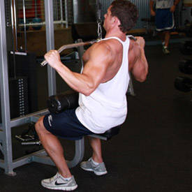 Ancho-Grip Lat Pulldown