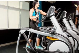 hiit-là-gì-elliptical-machine