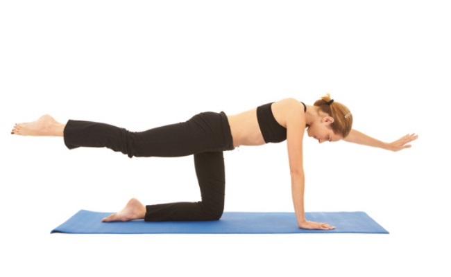 Planks By Lifting Arm And Leg