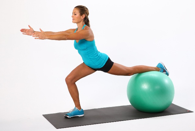 Lunge With Ball