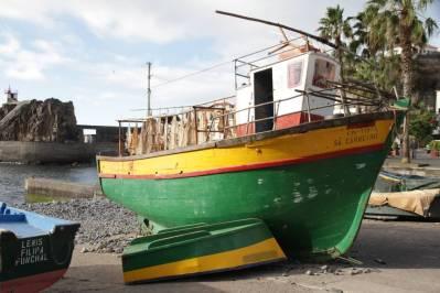Boot im Hafen von Camara de Lobos