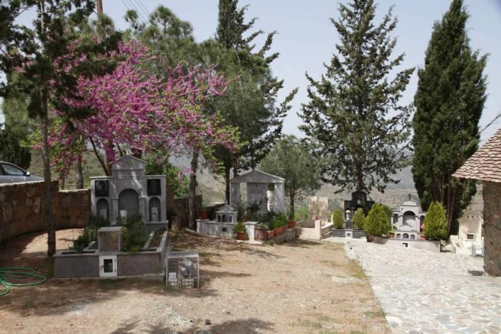 Friedhof in Fikardou