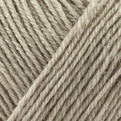 Nettle Sock Yarn 1015 sand