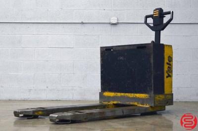 Martin Yale MPB040 4000 lb Walkie Pallet Truck