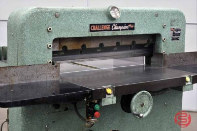 Challenge 305 MB Hydraulic Paper Cutter - 110320011810