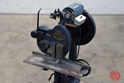 J. L. Morrison Perfection Wire-Stitcher Machine - 121820104800