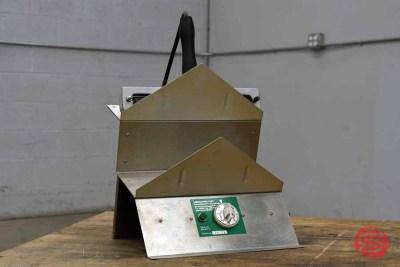 Emerald Manufacturing ST-7 Shrink Wrap Roller Seal - 012821075040