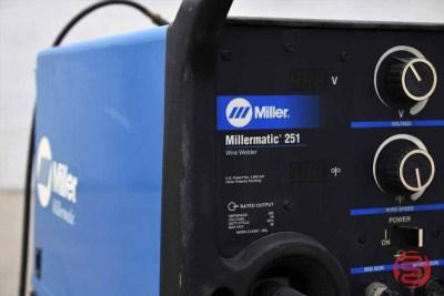 Miller Millermatic 251 Wire Welder - 020221090630