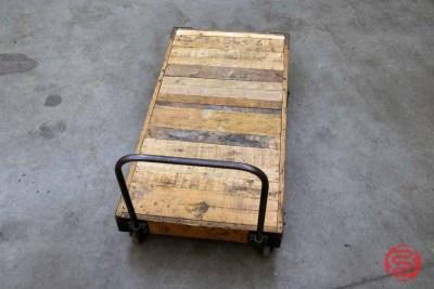Vintage Lansing Warehouse Cart - 022321021100
