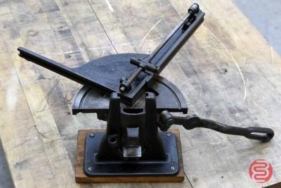 Vintage Slide Corner Rule Cutter - 021521090320