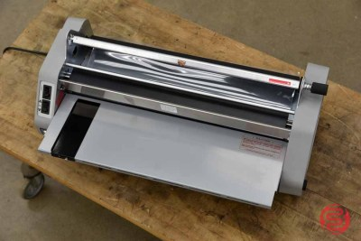 Laminex G3 Minikote 27in Roll Laminator - 041321082050