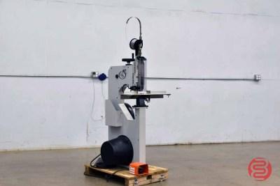DeLuxe M7-AST Stitcher - 052521124911
