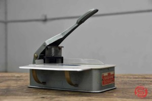 Lassco Wizer Cornerounder CR-20 Corner Cutter - 081921023020