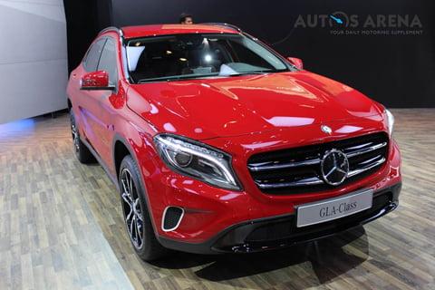 Mercedes-Benz-GLA-caught-testing