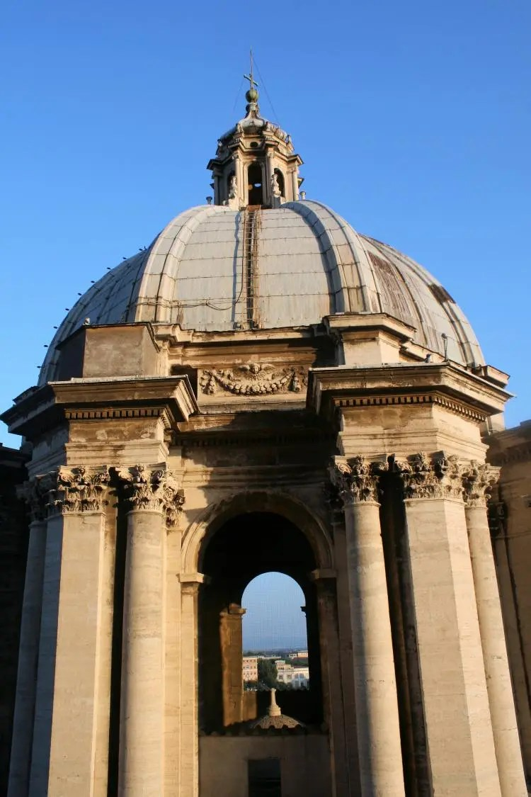 Breng een bezoek aan de staat Vaticaanstad